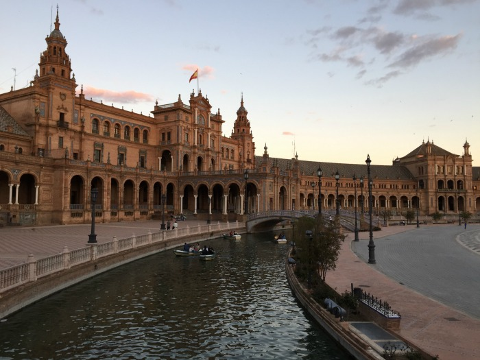 cosa vedere in andalusia in una settimana siviglia tramonto plaza de espana