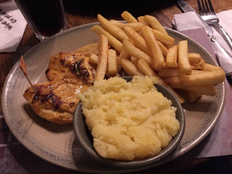 Cosa vedere a Londra in quattro giorni  nando's restaurant
