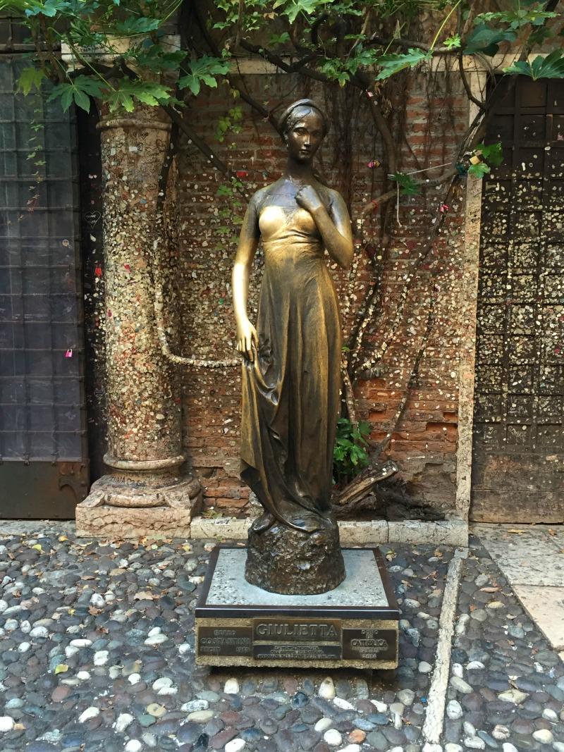 Itinerario un giorno verona statua giulietta