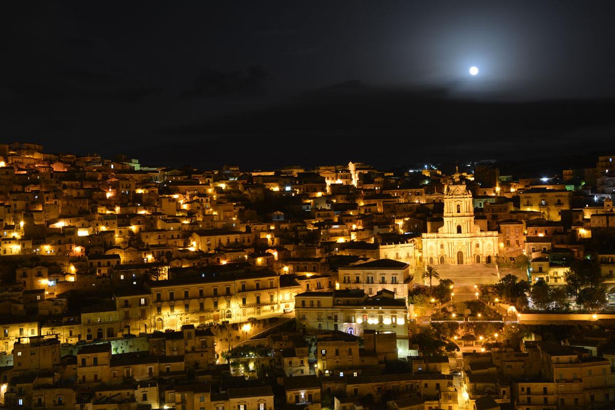 10 città italiane viste alto modica