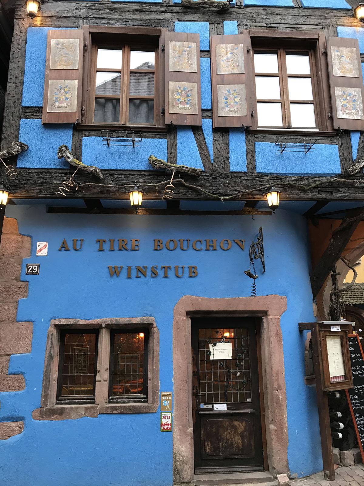 visitare alsazia borghi riquewihr winstub taverna